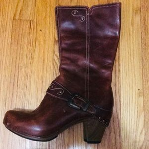 Beautiful dark red leather boots!